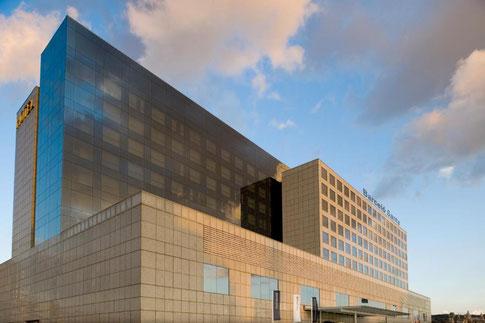 Отличные отели 4 звезды в Сантс-Монжуик (Барселона)