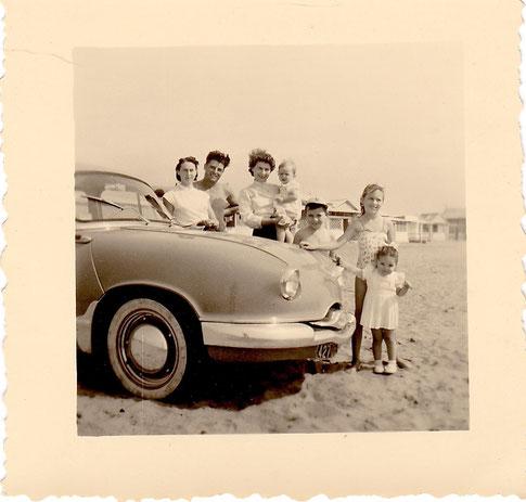 Dimanche à la plage 1957