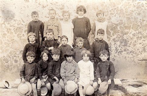 Ecole du hameau de Thouzon 1929