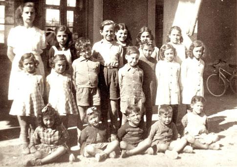 Ecole du hameau de Thouzon vers 1948