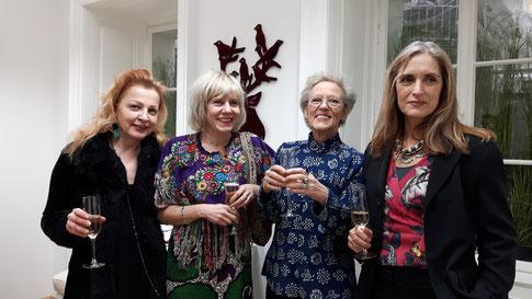 Von links nach rechts: Gudrun Kampl, Mari Otberg, Burgis Paier, Christy Astuy