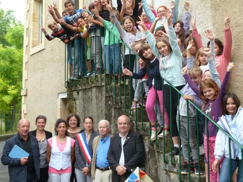 Remise de récompense par l'ANACR et Education Nationale aux élèves de l'école de Plazac ( 23 juin 2014 )
