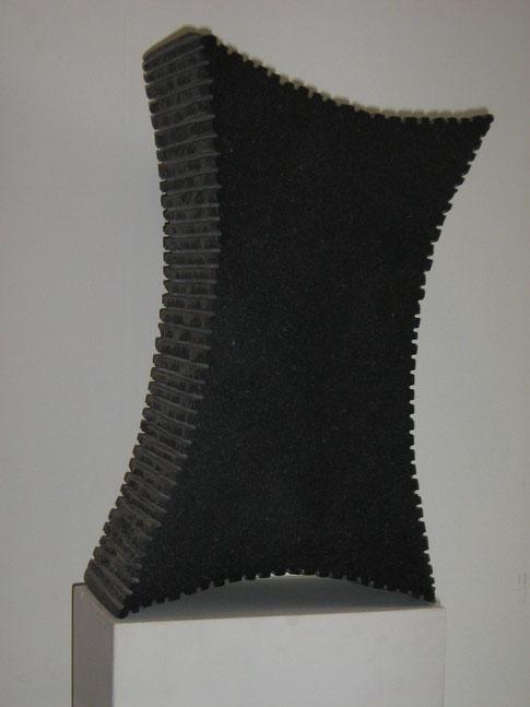 15.Graniet  38x22x12