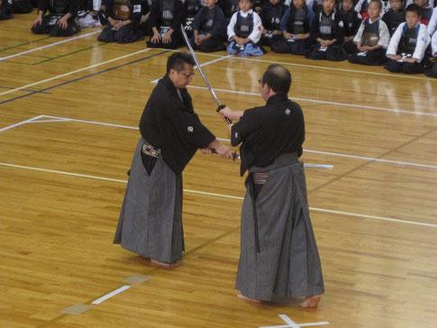 奈良先生・北島(忠)先生による日本剣道形演武