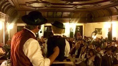 """Bauchredner """"Aurer Jackl"""" in historischen Räumen"""