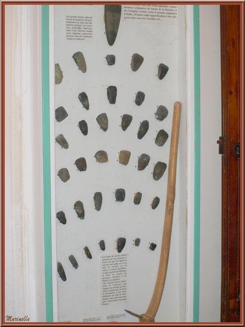 Musée Marc Deydier, village de Cucuron, Lubéron (84) : outils préhistoriques