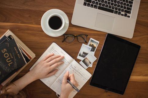 Autorentraining, Training für Schriftsteller, Online Kurse für Autoren, Schreibkurse