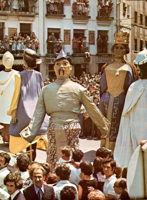 Gigantes en la plaza del reloj, Tudela.