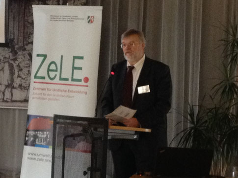 Dr. Michael Schaloske (MKULNV NRW) eröffnete die Veranstaltung
