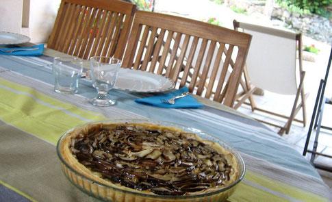 Repas en table d'hôtes près de St Geniez d'Olt
