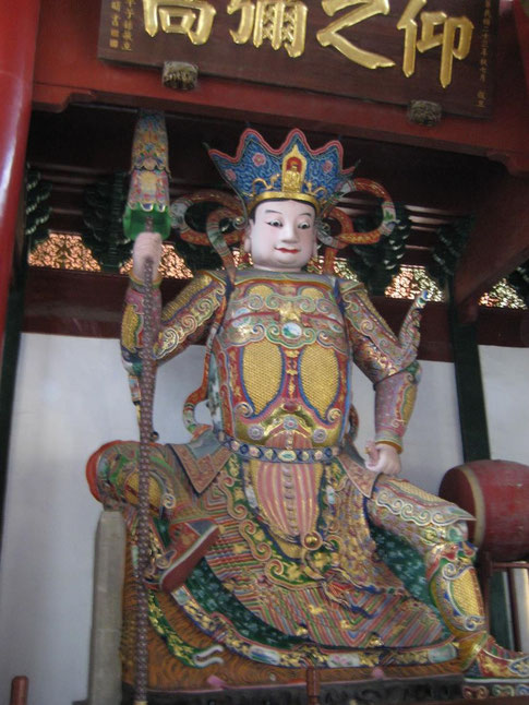 Buddha im chinesichen Tempel