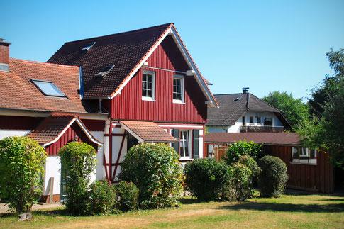 Die Inobhutnahme befindet sich im Jagdhaus, welches 2009 aufwendig renoviert wurde.