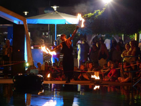 Feuershow; Moonlightparty; Freibad; Wickede (Ruhr); Pyrometheus; August 2017;