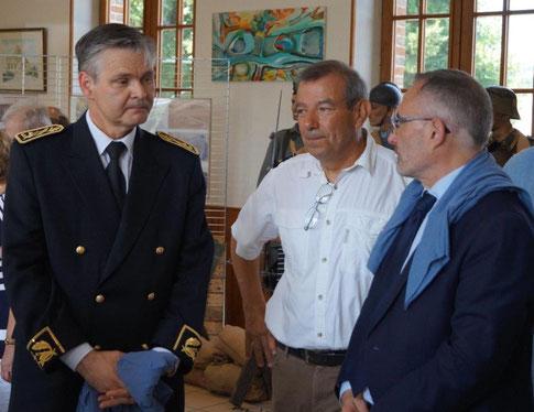 A gauche, Ronan Léaustic à La Chapelle-Monthodon le 15 juillet 2018, lors du Centenaire de la Seconde bataille de la Marne.