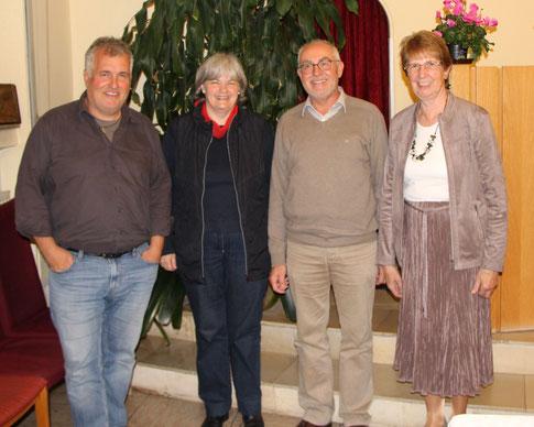 v.l.n.r Pfarrer Thomas Schüppen, Ursula Lantzerath, Pfarrer Rüdiger Petrat, Gisela Thimm