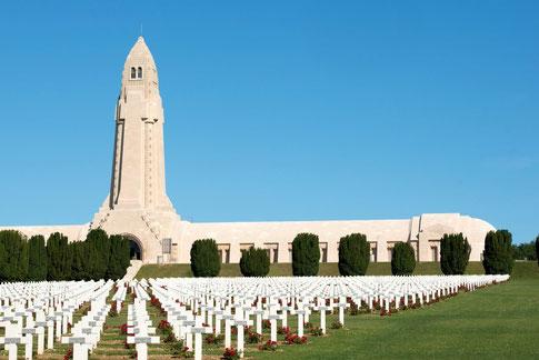 Ossuaire et nécropole de Douaumont