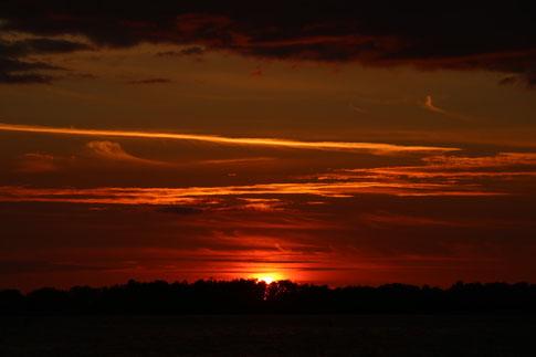 Sonnenuntergang am Vettern-See