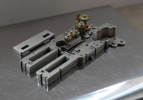 Feinmechanik im Inneren des Modelles der Max Orenstein 173 in H0f