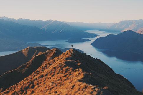 Reisen, durch deine Persönlichkeit kannst du dir alles ermöglichen. Du musst es nur wollen und bereit sein zu wachsen.