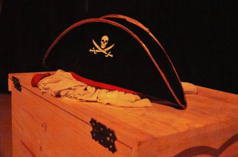 Piratas y el tesoro de la isla Sirenita