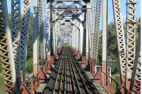 Grenzbrücke über die Theiß Ungarn-Ukraine