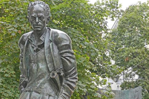 Bulat Okudschawa Denkmal Moskau Arbat