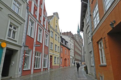Улица в историческом центре города Штральзунд.