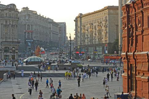 Manege-Platz und Twerskaja-Straße in Moskau