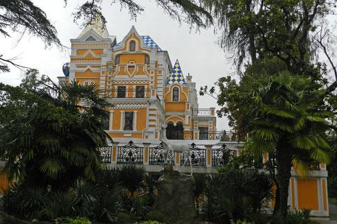 Chludow-Villa Sotschi Riviera Park