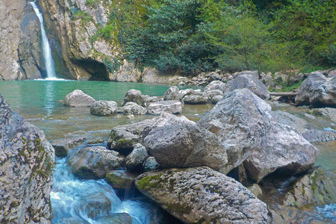 Agura-Wasserfall Sotschi