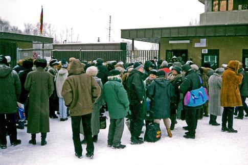 Visastelle Moskau deutsches Konsulat Visum Warteschlange