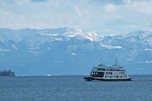 Боденское озеро паром Швейцарские Альпы