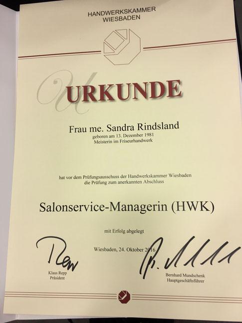 Urkunde Sandra Rindsland geprüfte Salon Service Managerin HWK