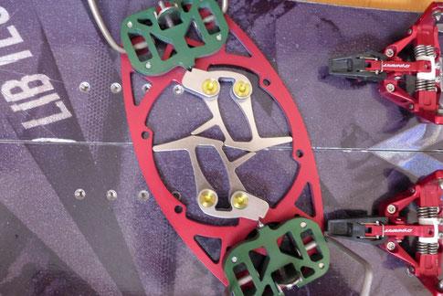 Neueste Winkel von Phantom. Die Grade werden auf den Wunsch jedes Splitboarders angefertigt.