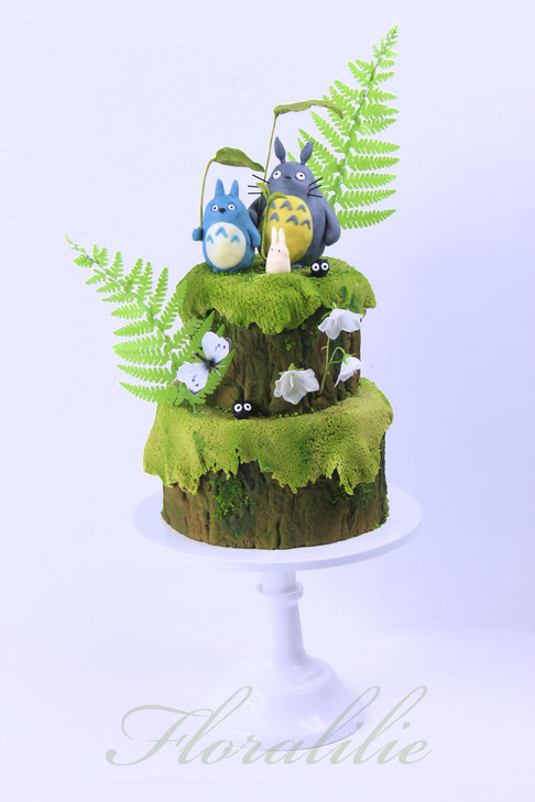 Winter Forst Cake | Floralilie Sugar Art