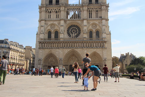 Paris Playground Notre-Dame