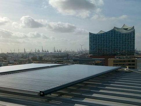 harbor city, Hamburg, Germany, warm water
