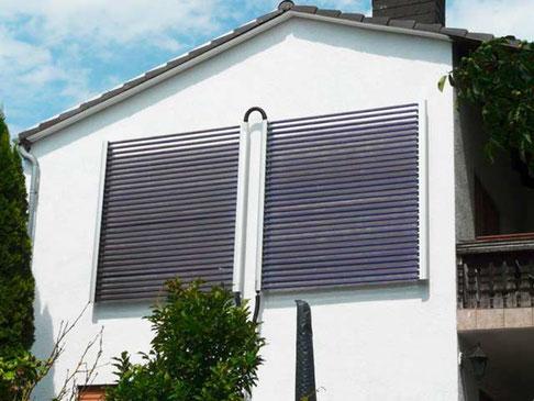 Einfamilienhaus in Waldalgesheim, Deutschland, Fassadenmontage, 60 direct flow Power Röhren, 9,8 m² Kollektorfläche, Brauchwassererwärmung und Heizungsunterstützung