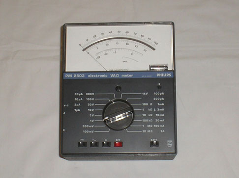 Philips Einhoven  Elektronisches A V Ohm Multimeter Typ. PM 2503
