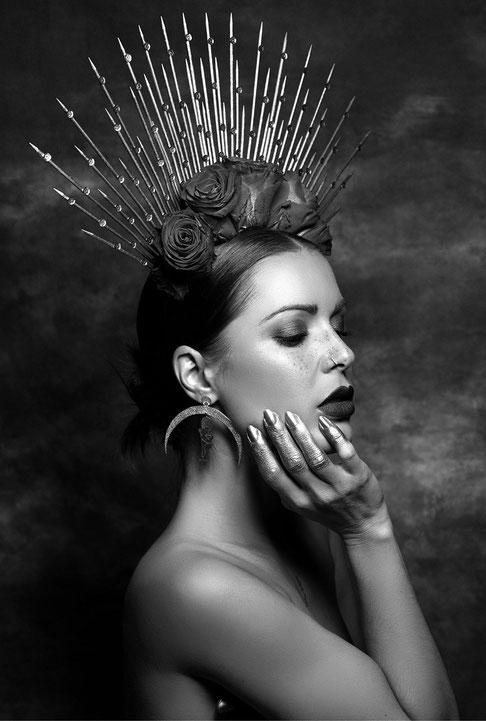 bijoux-createur-arty-d'art-fait-main-artisanaux-boucles-d'oreilles-couronne-argent-titane