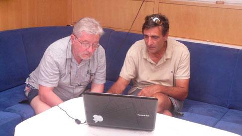 nos éminents météorologues étudient les fichiers