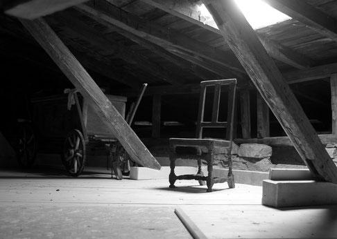 Kunstdruck Lost Place Dachboden A4