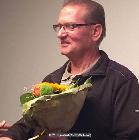 De bloemen voor de 1e prijs gaan dit weekend naar Martie Lippets