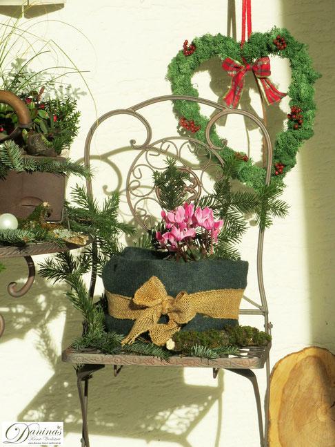 Weihnachtsdeko aussen selber machen. Winterdeko Ideen für die Terrasse und den Garten by Daninas-Kunst-Werkstatt.at