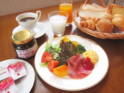 朝食メニュー例