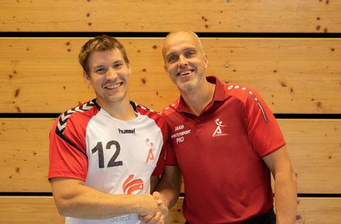 Max und Trainer Dirk Meier TSV Landsberg Handball