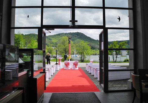 Suche Trauredner für Trauung am Bodensee