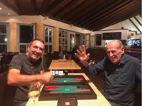 Sieger des Hauptturniers im August: Anton Kraft (links), im Finale gegen Peter Blachian