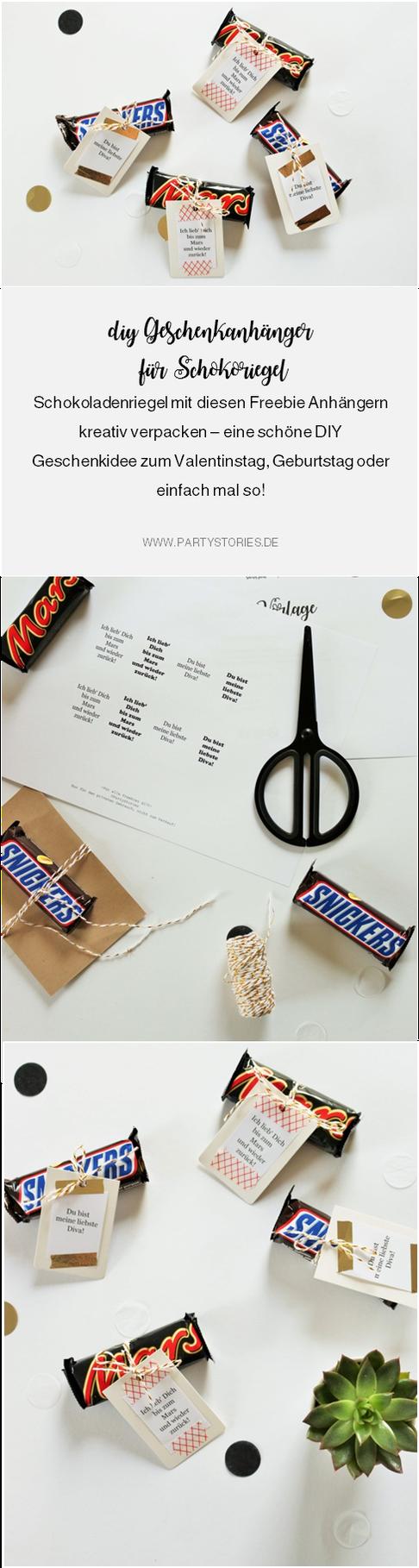 DIY Geschenk Idee mit Schokolade // So einfach kannst Du Schokoriegel schön verpacken und verschenken, mit Freebie Bastelvorlage für Geschenkanhänger! (gefunden auf www.partystories.de)