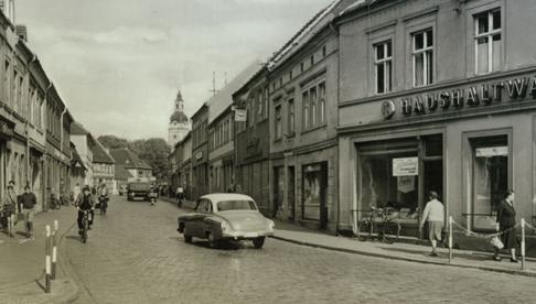 Historischer Blick auf die heutige Brandenburger Straße